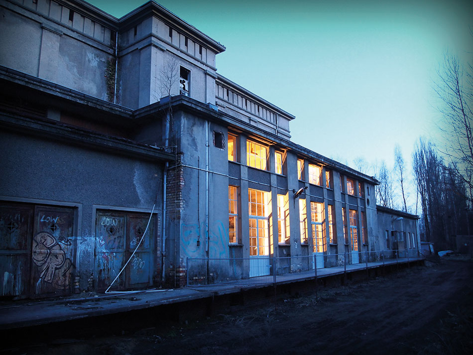Kühlhaus Front